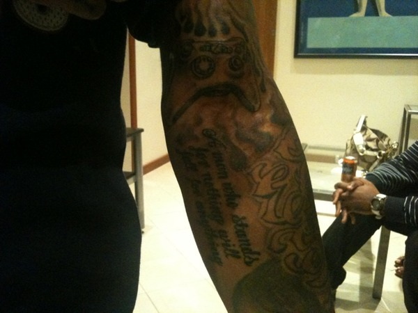 bow wow tattoos. Bow Wow we know you love X-box